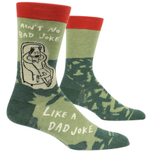 Load image into Gallery viewer, Ain't No Bad Joke Like A Dad Joke Men's Socks
