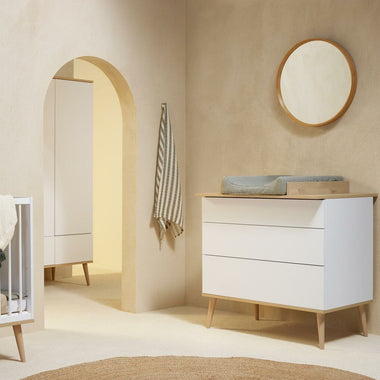 Quax Flow Commode I White & Oak