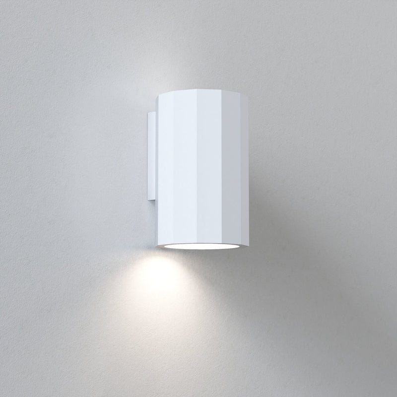 Astro - Shadow 150 - Wall Light
