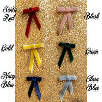 Medium Bardot bow clip in velvet