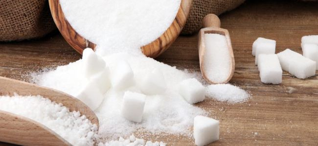 5 Effective and Natural Substitutes For Refined Sugar