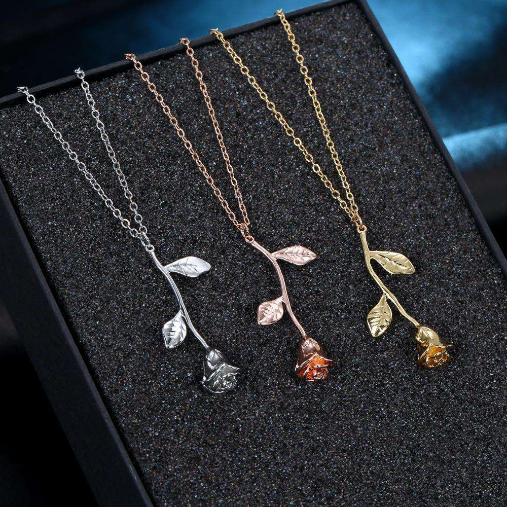 Singular Rose Necklace - HypeLooks
