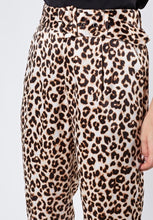 Load image into Gallery viewer, Leopard High Waisted Pants