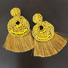 Load image into Gallery viewer, Beads and tassel earrings