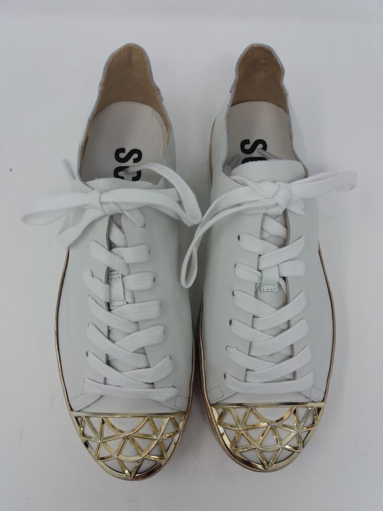 Gold Point Sneakers