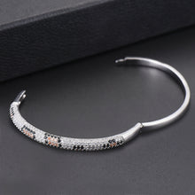 Load image into Gallery viewer, Cobrina Bracelet