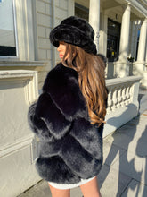 Load image into Gallery viewer, Premium Faux Fur Jet black