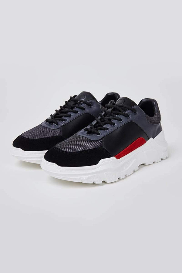Criminal Damage TRAINERS Strike Trainers- Black/Red
