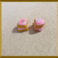 Miniature Dollhouse Food,Tiny Desserts, Doll House Miniatures,Cakes, Cakestand