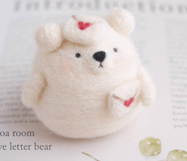 Needle Felting Kit - Love Letter Bear