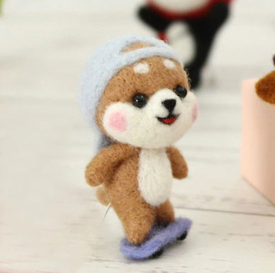 Needle Felting Kit - Skateboarding Shiba Inu