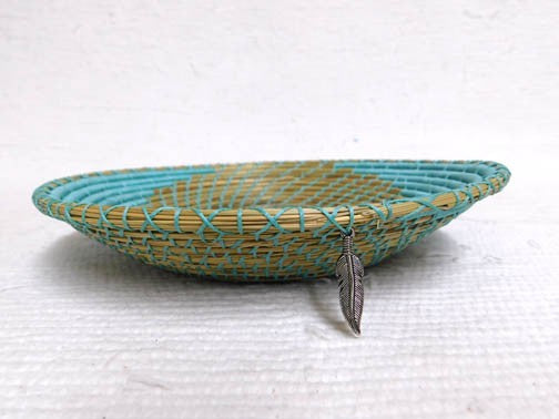Native American Chippewa Made Basket--Turquoise Path - 10 in. dia x 2 in. tall - AboutRuby.com