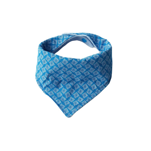 Dribble Bib - ShweShwe Light Blue