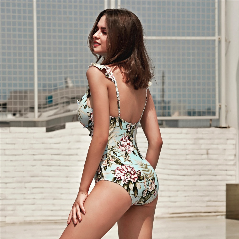Bikini: v neck ruffle swimsuit in floral print DON JUAN