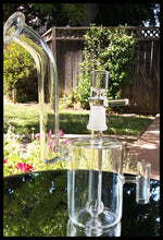 "Load image into Gallery viewer, 7.5"" Clear Glass Watering Can Bubbler Bong - The Bong Czar"