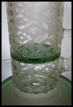 "Load image into Gallery viewer, Sand Blasted - 8"" honey comb perc Green and Clear Bong/Rig"