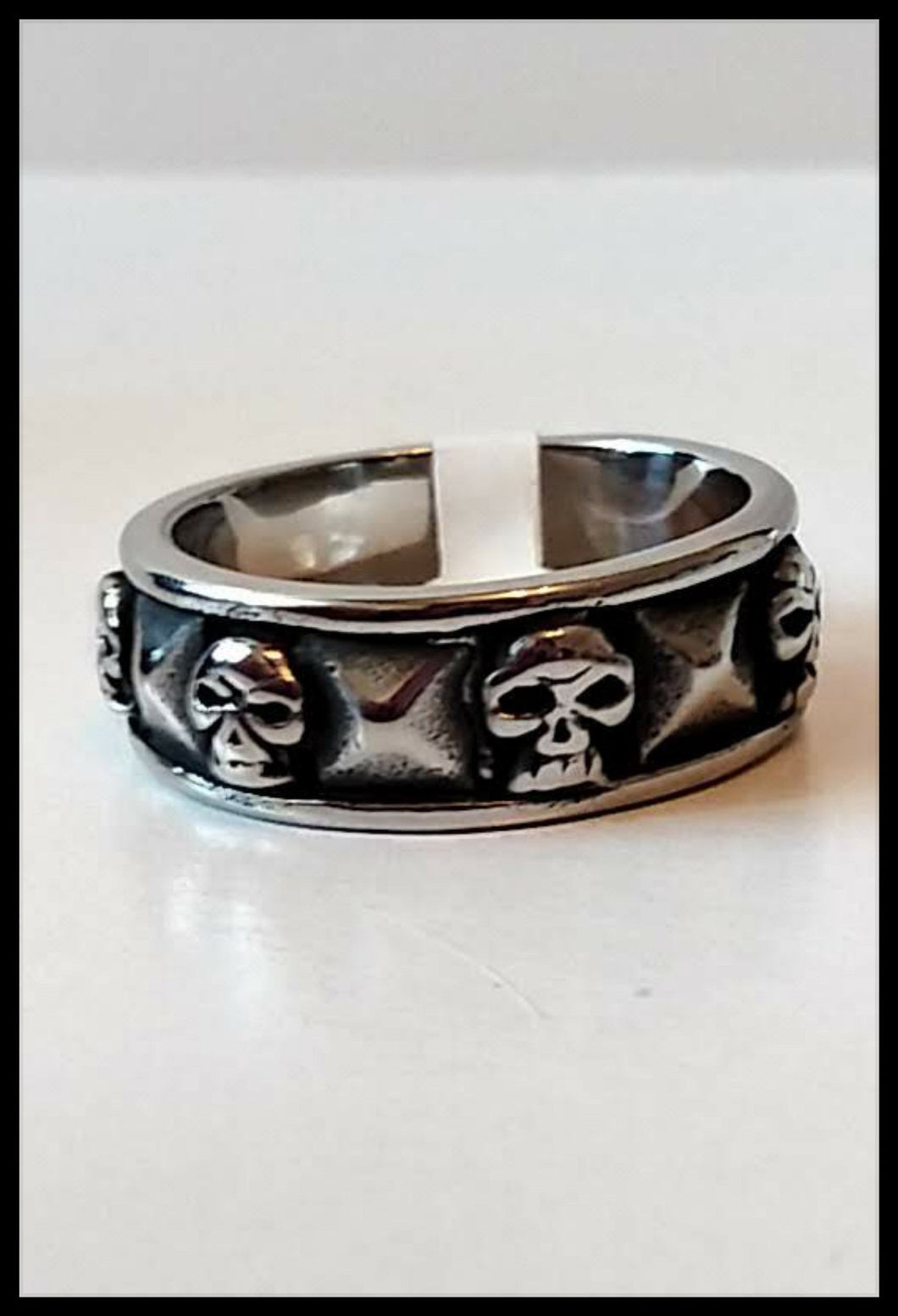 Mens Ring Small Skulls -Stainless Steel - The Bong Czar online Smokeshop