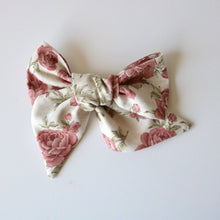 Load image into Gallery viewer, Rose vintage floral Lola bow