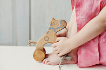 Load image into Gallery viewer, Wooden horse pull toy