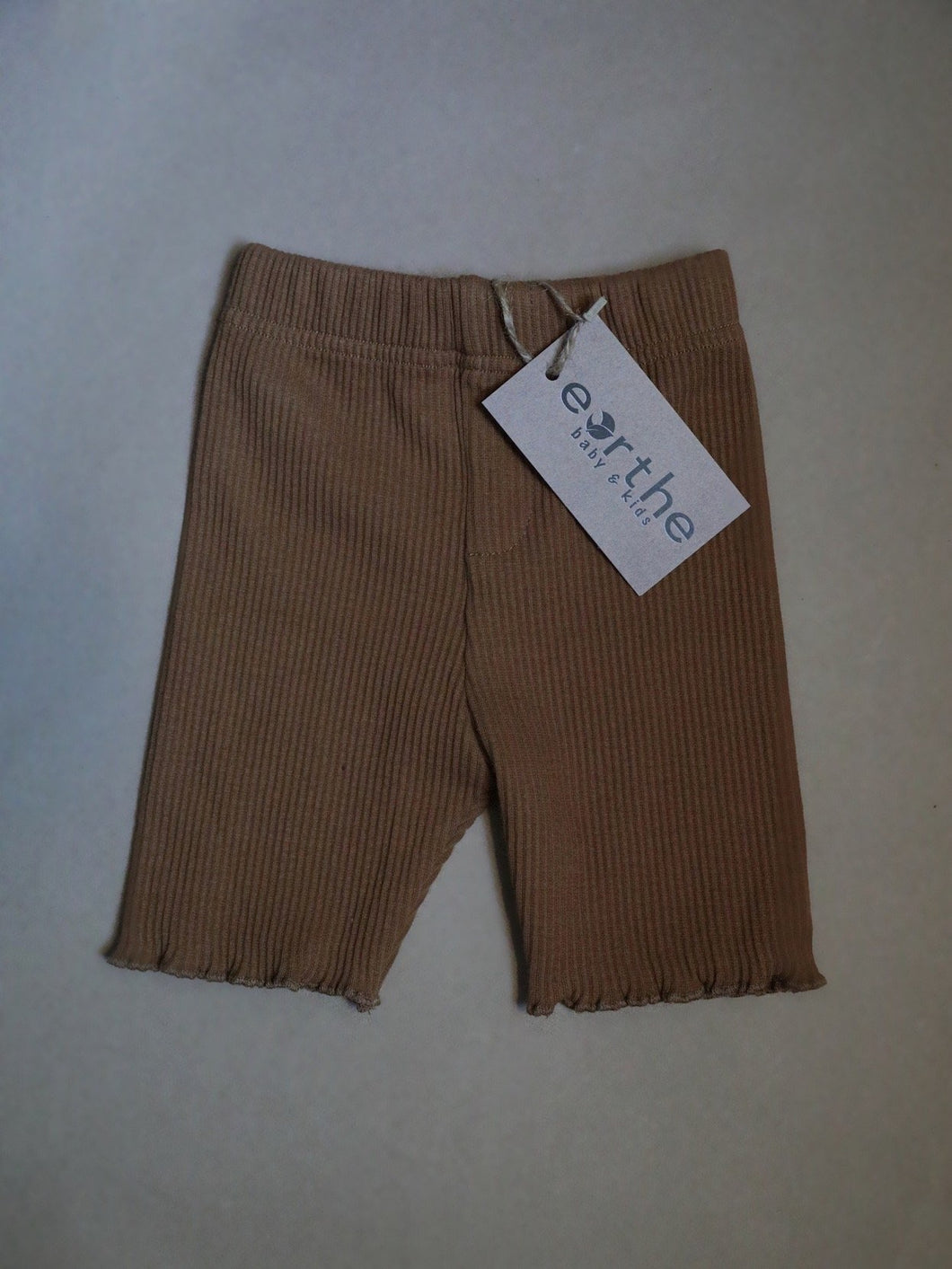 Ribbed biker short - almond