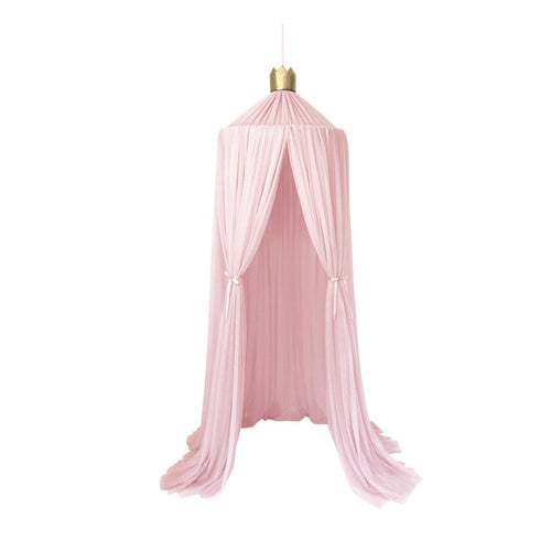 Dreamy canopy in light pink with gold crown