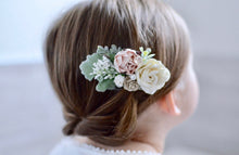 Load image into Gallery viewer, Blush + ivory flower clip
