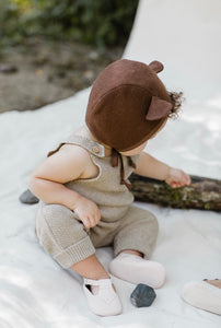 Briar wool animal bonnet - bear