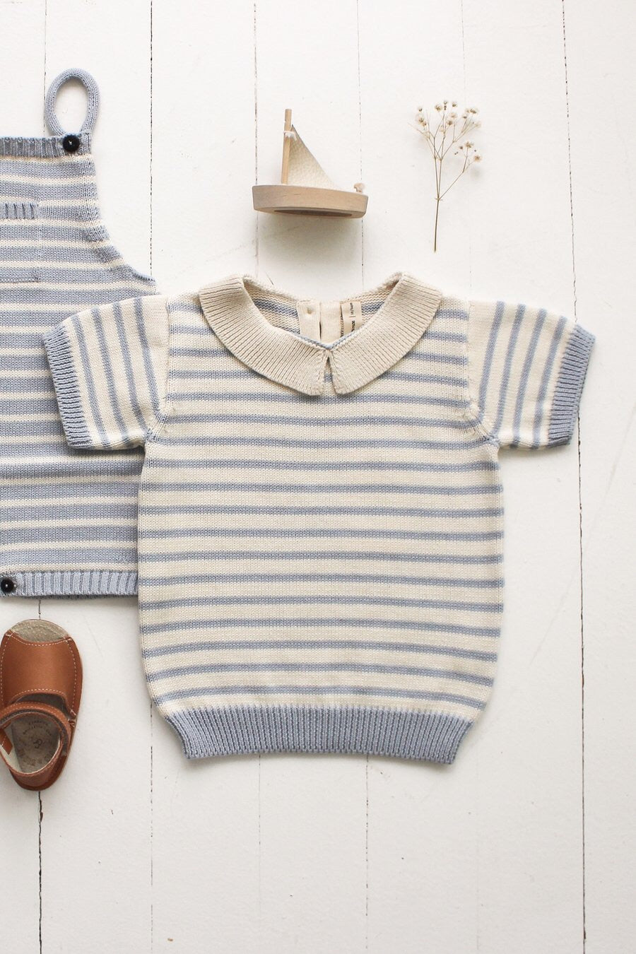 Fin & Vince knit collar top - dusty blue/ cream