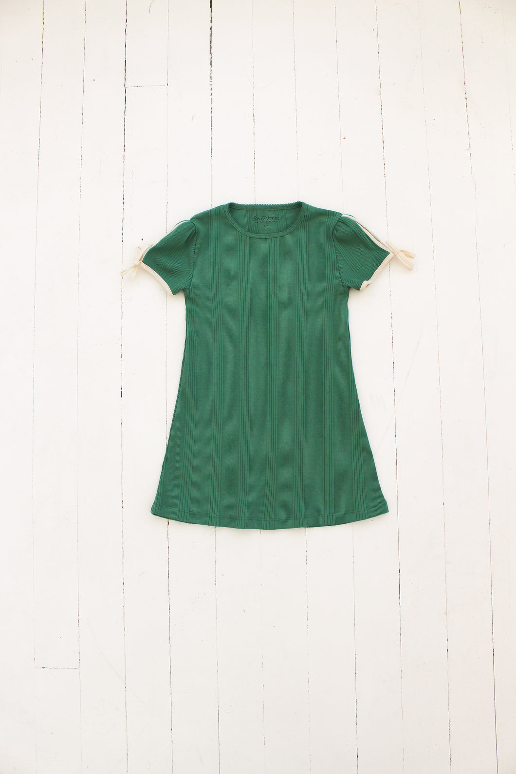 Fin & Vince nightgown - schoolhouse green