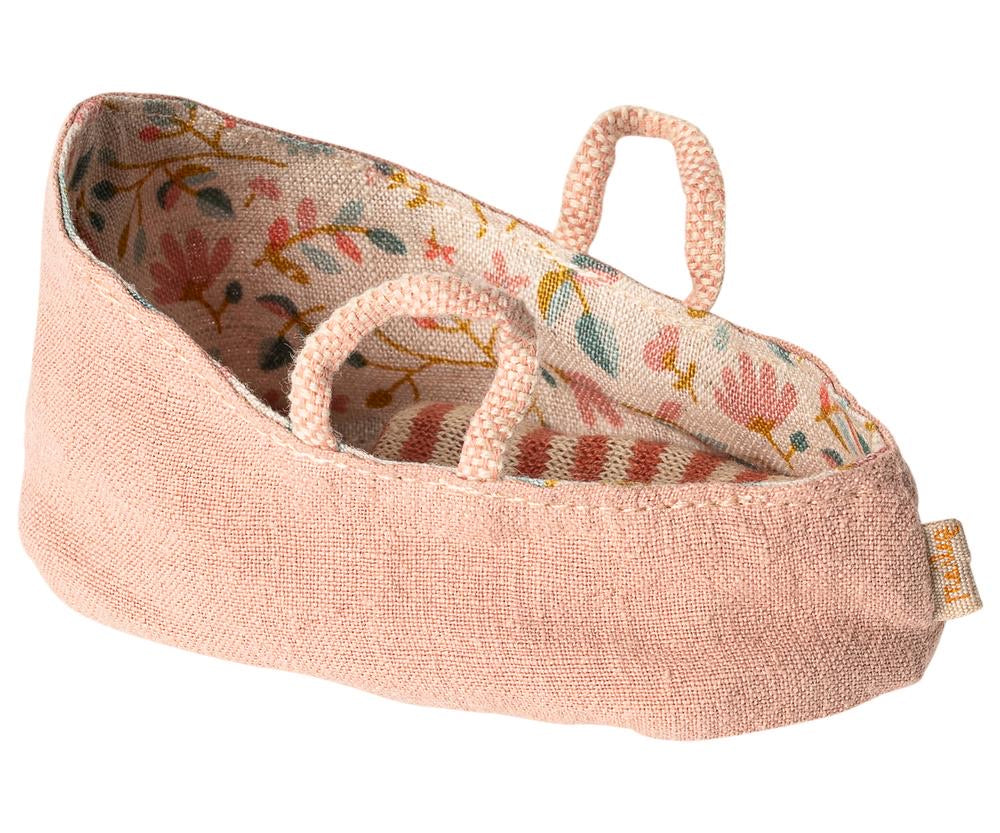Carry cot for baby mice - misty rose