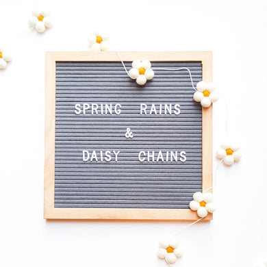 Daisy chain - woolie ball garland