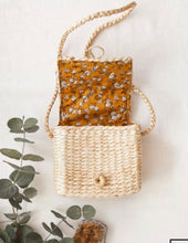 Load image into Gallery viewer, Back To Nature Water Hyacinth Matching Mama Daughter Bags
