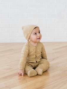 Quincy Mae knotted baby hat - honey