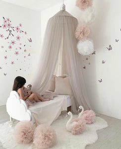 Large sparkle pom garland in champagne