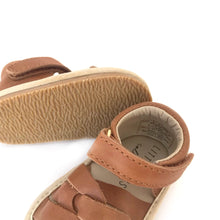 Load image into Gallery viewer, Leather sandals - camel