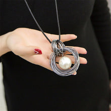 Load image into Gallery viewer, Pearl Ball Pendant