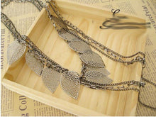 Load image into Gallery viewer, Light Leaf Multi-Layer Necklace
