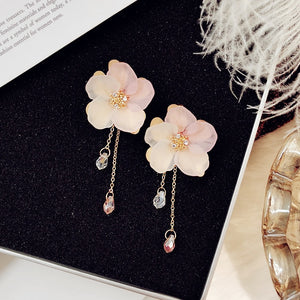 Frosted Petals Dripping Earrings