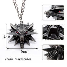 Load image into Gallery viewer, Wolf Head Necklace