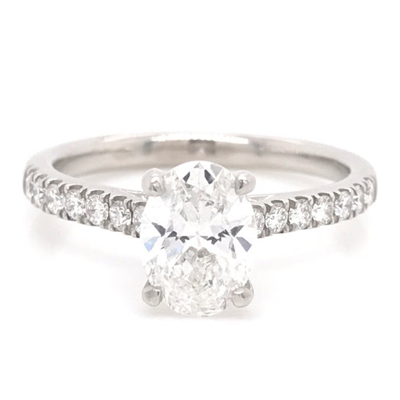 1.26pts Oval Platinum Solitaire