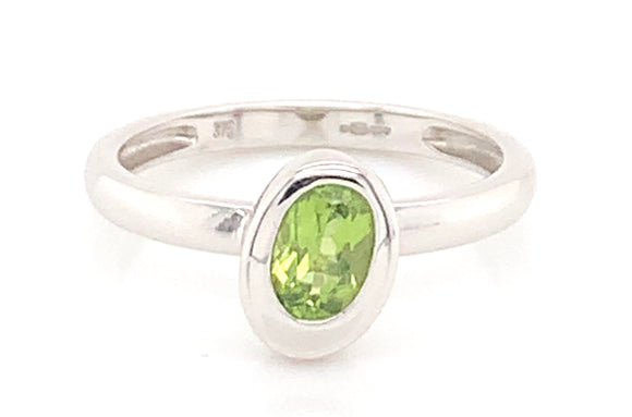 9ct White Gold Peridot Rubover Setting Ring