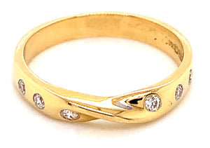 18ct Yellow Gold Gypsy Set 0.18ct Diamond Ring With Twist Detail