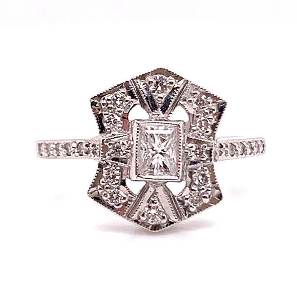 18ct White Gold Art Deco Style Diamond Engagement Ring