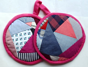 Potholders pair, round, patchwork