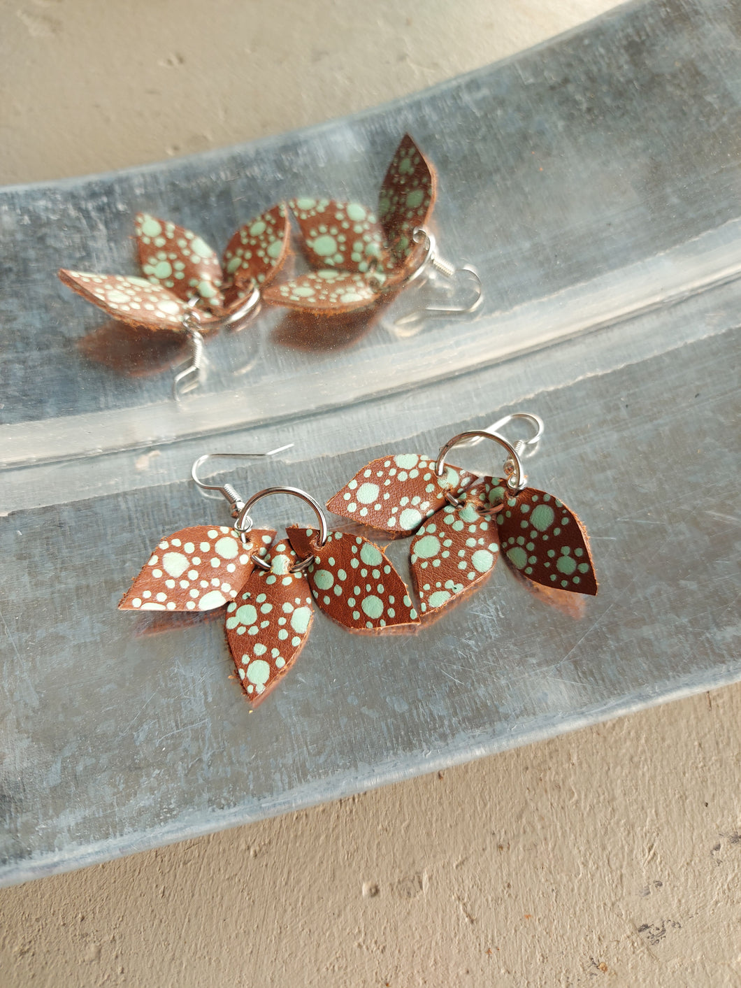 Three LEAVES leather earring