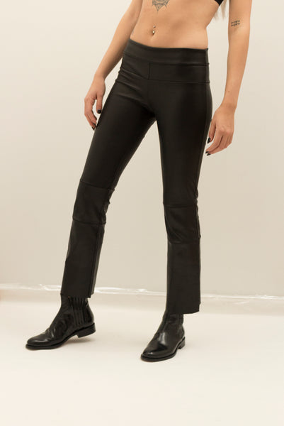 Cropped Stretch Leather Bootlegging