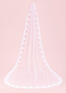 Catarina Lace Wedding Veil