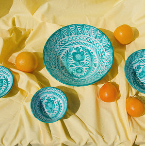 LARGE bowl with hand painted designs - Pomelo casa