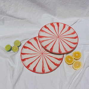 Salad plate with candy cane stripes - Pomelo casa