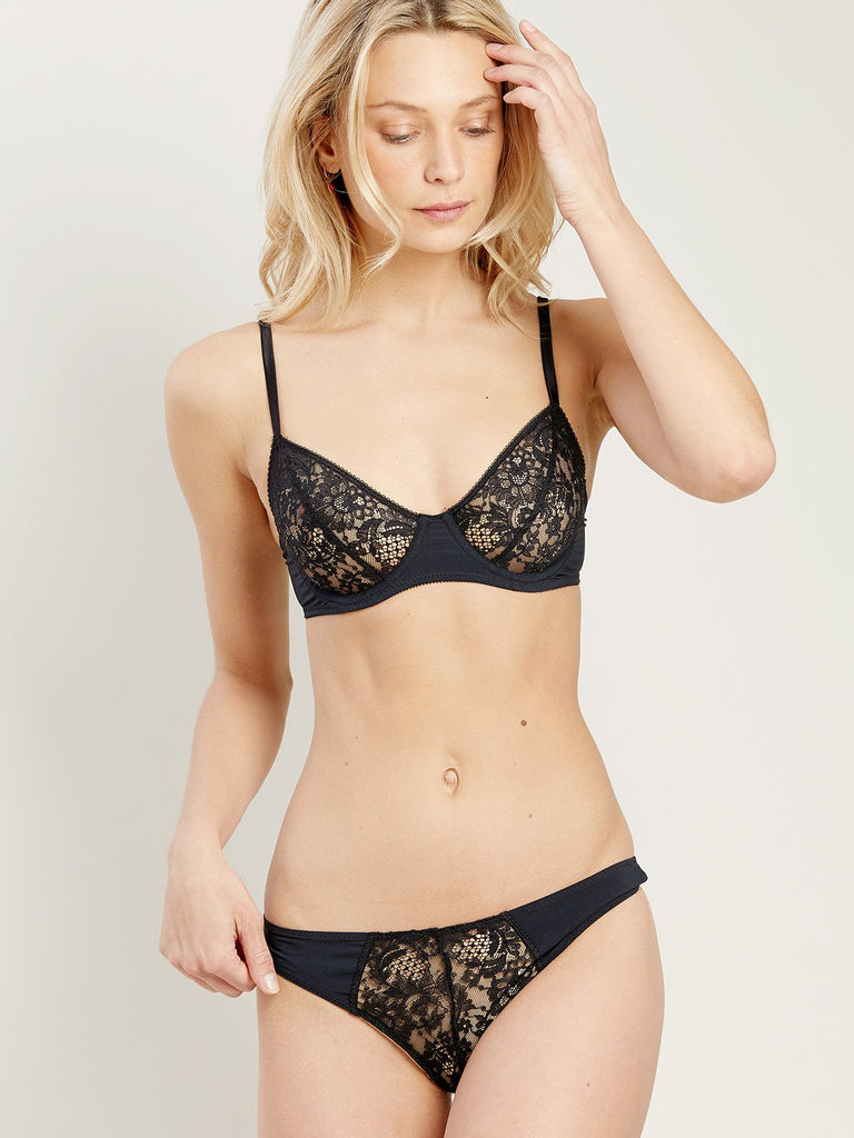 Jill Bra in Dream Noir